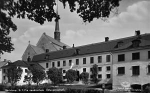 """Vårt första """"hem"""" var vandrarhemmet på Vadstena kloster."""